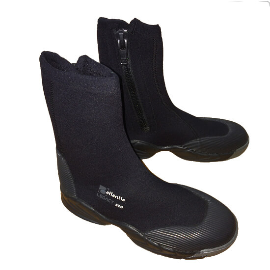 Legacy B20 Boots Available At Blenheim Dive Centre